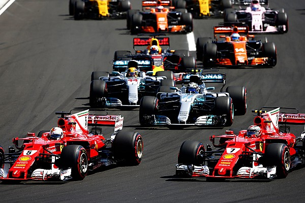 Hamilton cree que Ferrari perdió menos puntos que Mercedes