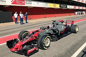 El nuevo Haas para 2017 es descubierto antes de su presentación