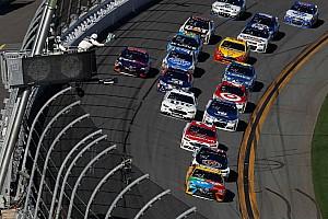 Kyle Busch wins first stage of Daytona 500