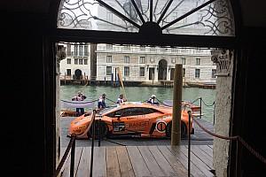 GT Ultime notizie Una Lamborghini Huracán GT3 nel Canal Grande a Venezia!