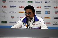Mahindra team principal Gill tests positive for COVID