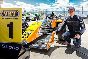 Tasmania S5000: Macrow wins crash-affected Race 2
