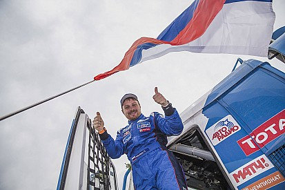 VIDEO: La etapa final del Dakar para camiones