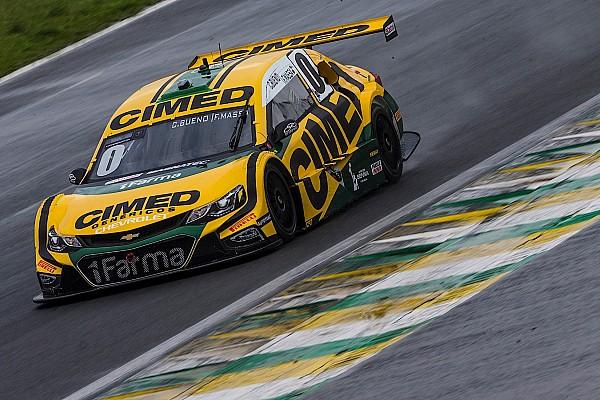 Проблемы с мотором испортили дебют Массы в Stock Car Brazil