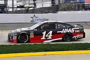 NASCAR Cup Rennbericht NASCAR Martinsville: Clint Bowyer beendet Durststrecke