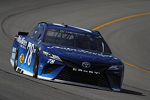 NASCAR Cup Reporte de prácticas Truex lidera la segunda práctica en Michigan