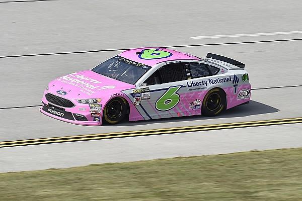 NASCAR Sprint Cup Trevor Bayne sobrevivió a accidentes para meterse al Top 3