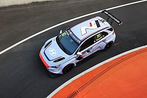 TCR Résumé de course Première course, première victoire pour la Hyundai TCR