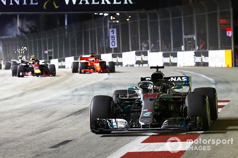Hamilton a Singapore lascia al buio gli avversari. Vettel solo terzo è demoralizzato
