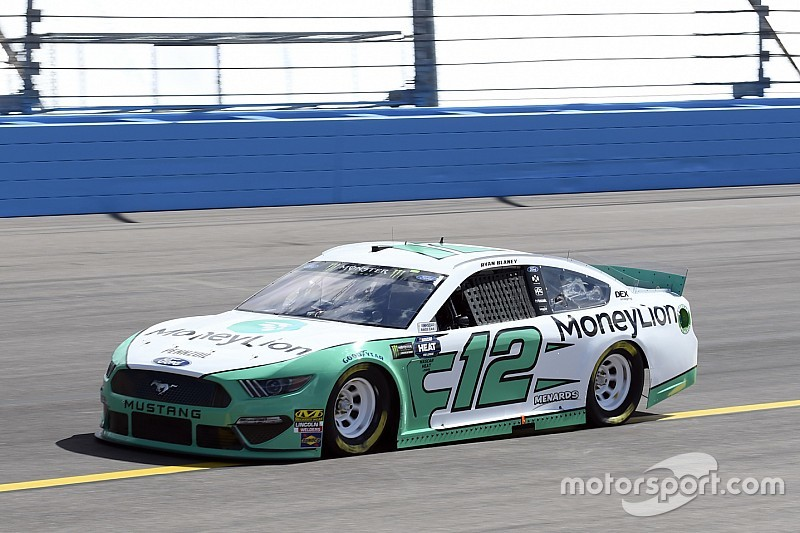 Blaney wins Phoenix pole; McDowell and Suarez fight