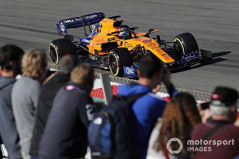Тести Ф1 у Барселоні, день 6: Сайнс завершив день лідером, Ferrari втратила півдня