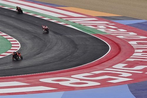 Valentino Rossi Skeptis Perubahan Usia Bisa Perbaiki Keselamatan Level Junior