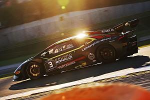 Fotogallery: ecco le foto delle gare che hanno definito i campioni del mondo Lamborghini 2018