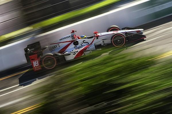 IndyCar Гран Прі Сент-Піта: Бурде переміг після старту з останнього місця