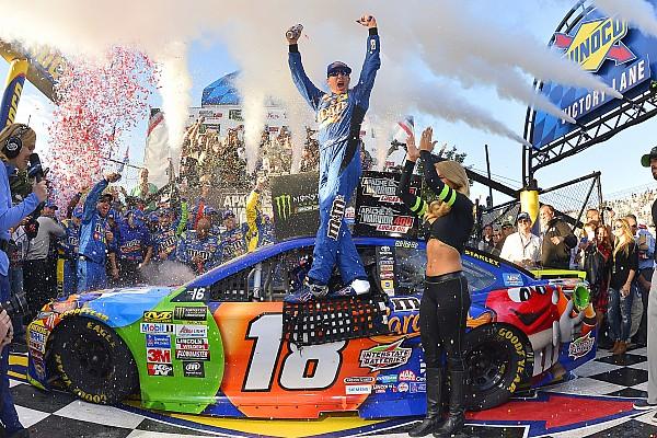 NASCAR Cup Кайл Буш выиграл вторую гонку NASCAR подряд