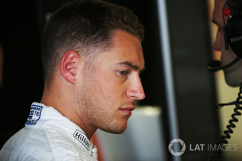 "Vandoorne ""not in his happy place"" - Magnussen"