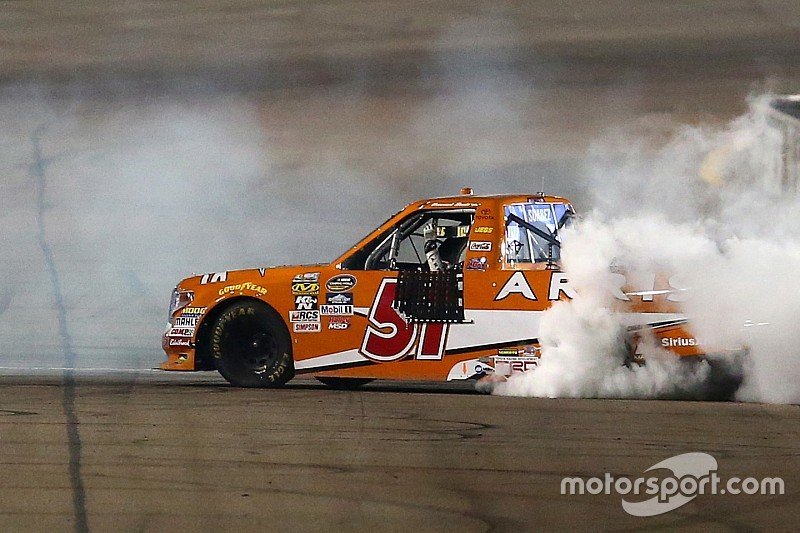 Suarez wins his first Truck race as Championship 4 is set