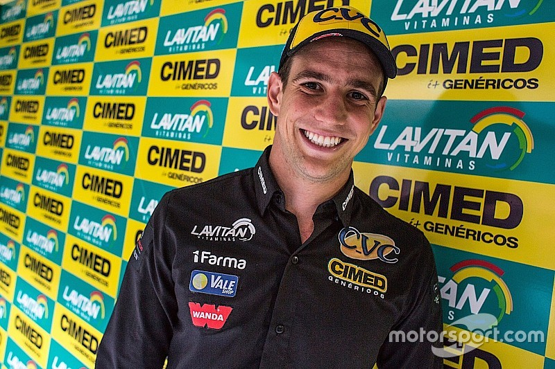 Lucas Foresti assina com Cimed Racing para 2018