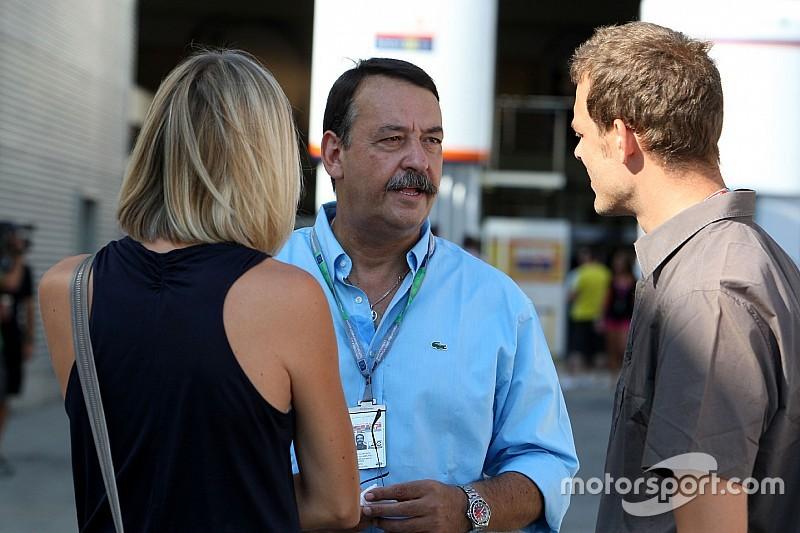 Villadelprat: Yanlış adamları gönderen McLaren umut vermiyor