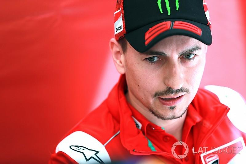 Lorenzo podría firmar en Jerez el peor arranque de un piloto de Ducati