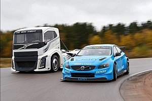 The Iron Knight vs Volvo TC1: la sfida (quasi) inedita fra camion e auto