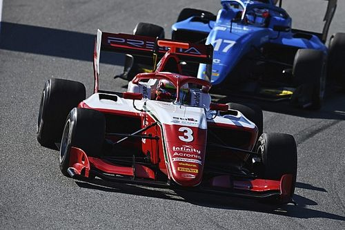 Barcelona F3: Caldwell inherits win after multiple leader tangles