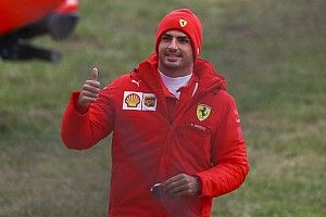 Sainz hails 'unforgettable' maiden Ferrari F1 test run