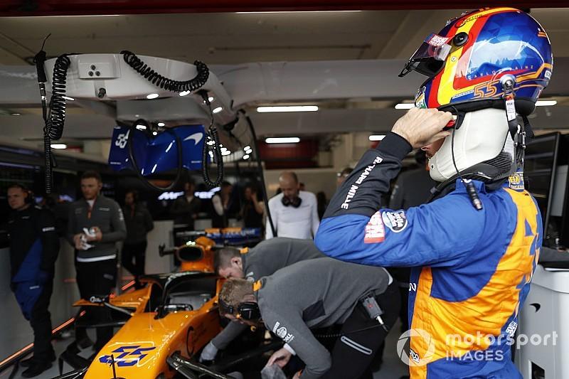 Un incendie perturbe le roulage de McLaren à Barcelone