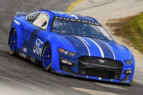 NASCAR Bakal Gelar Uji Coba Mobil Baru Terbesar