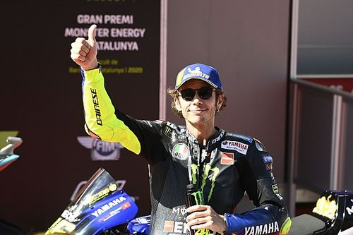 "Stoner: Rossi celebrating top fives like a win ""sad"""