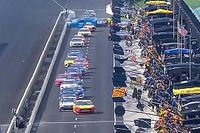Pit road pile-up halts Brickyard 400, crew member injured