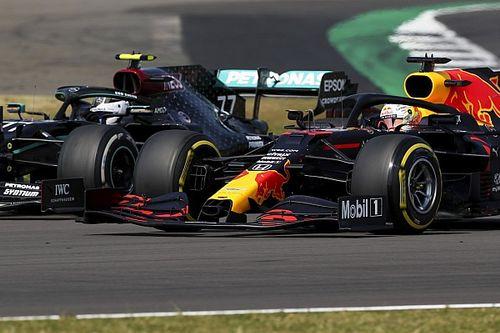 Видео: этот маневр принес Ферстаппену победу в Гран При 70-летия Формулы 1