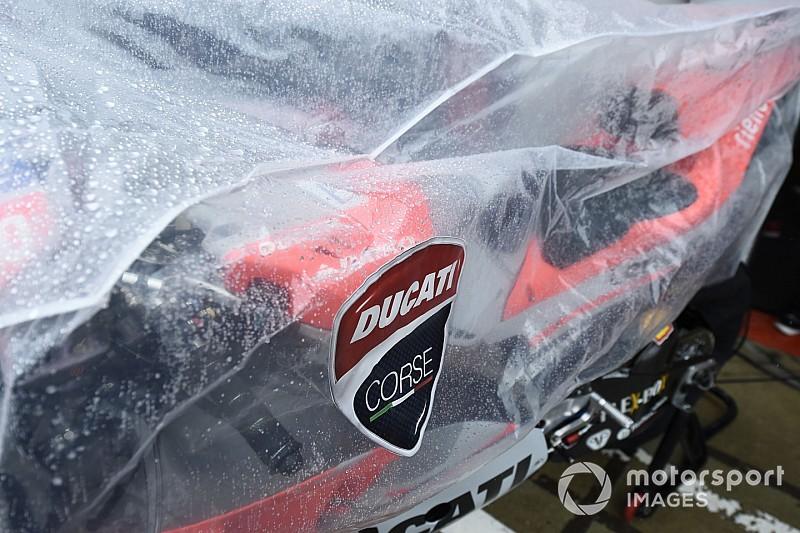Le Qualifiche della MotoGP a Sepang sono state ritardate a causa della pioggia torrenziale