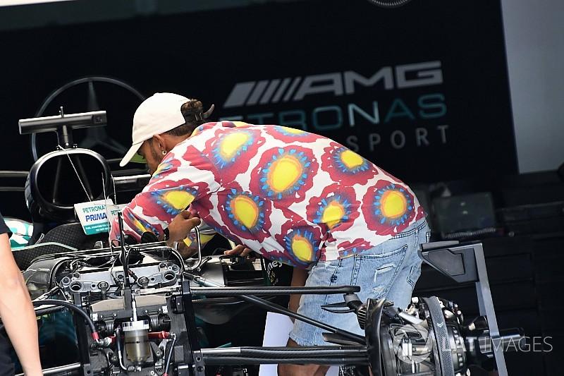 Hamilton kényszeríti szponzorcserére a Mercedest?!