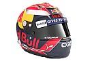 GALERIA: Verstappen mostra novo capacete para 2017