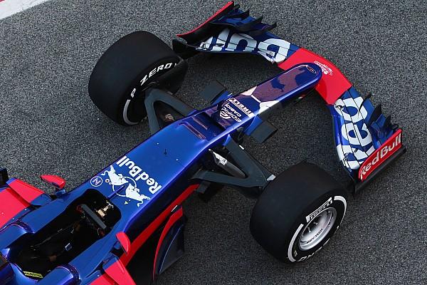 Сайнса обрадовало сходство новых машин Toro Rosso и Mercedes