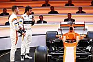 Formula 1 Alonso spoke with Mercedes after Rosberg retirement