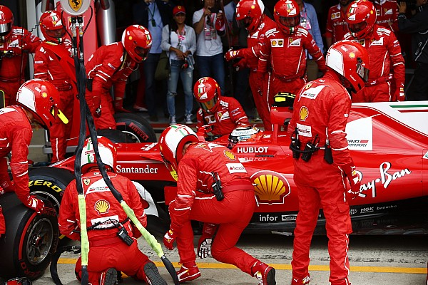 Räikkönen no tiene explicación para la falla del neumático en su Ferrari
