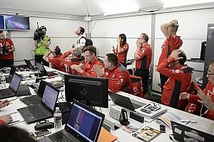 WRC BRÉKING Fedélzeti kamerán keresztül Meeke parkolóban tett kirándulása