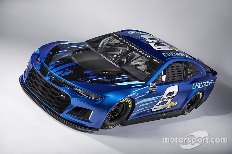 Chevrolet Unveils 2018 Camaro Zl1 Nascar Race Car For Cup