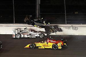 IndyCar Réactions Une piste glissante met Power, Carpenter et Sato au tapis