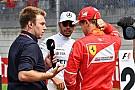 Hamilton sí le dio la mano a Vettel tras la calificación en Austria