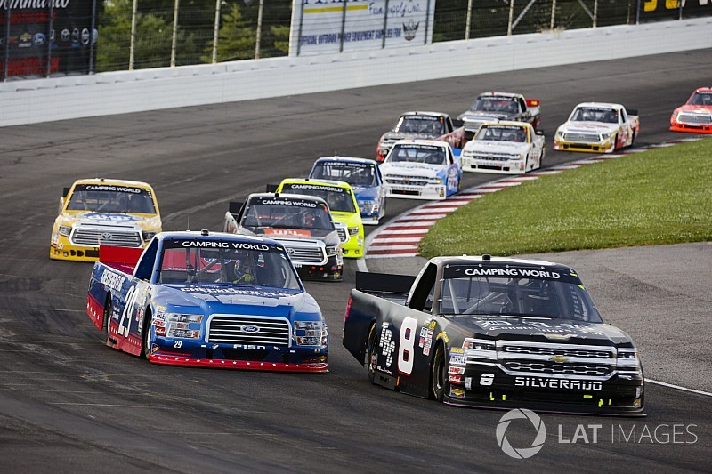 five things to watch in friday night s nascar truck race at iowa rh motorsport com nascar truck race standings nascar truck race schedule