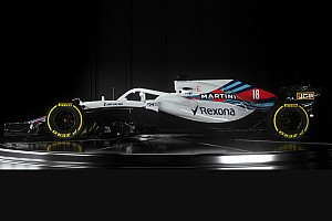 Slide view: Williams 2018 F1 car v 2017 version