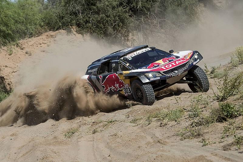 Dakar, Sainz resta prudente: