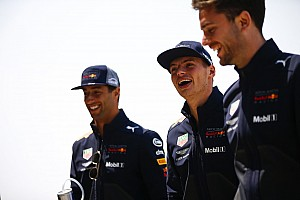 Forma-1 Motorsport.com hírek Rosberg: Verstappen túl sokszor szúrja el, Ricciardo előz a legjobban