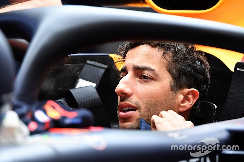 Ricciardo: Hiper yumuşak lastik her yarışta olmalı