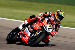 World Superbike Practice report Imola WSBK: Davies, Rea set identical times in practice