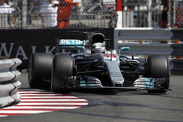 Формула 1 Комментарий Хэмилтону помешало в квалификации «странное поведение» машины