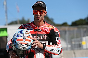 Melandri tetap bertahan di Ducati WorldSBK